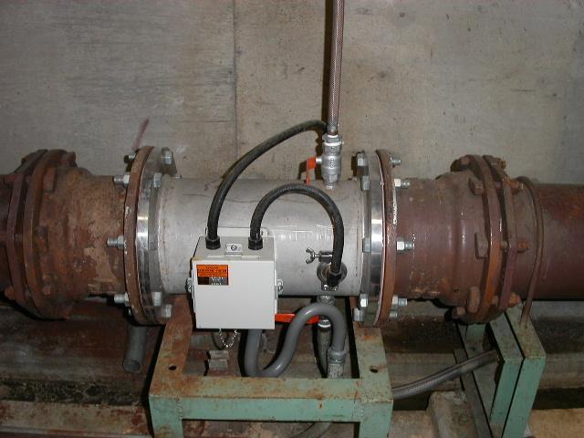 消泡式汚泥濃度計検出器 設置例
