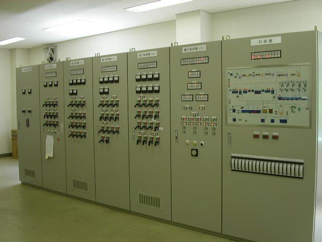 現場監視制御盤例