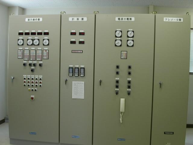 ゲート設備制御操作盤例
