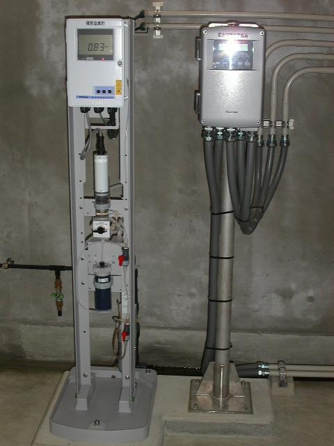 電磁流量計変換器及び 水質計器設置例